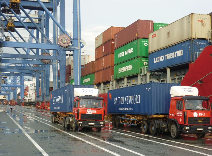 Service / Trucking - IUM LOGISTICS